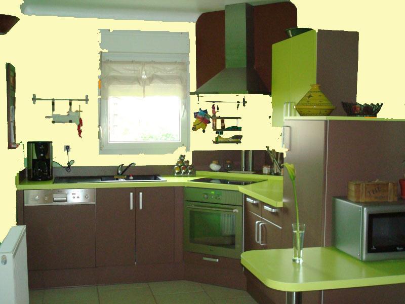 id es couleur des murs pour cuisine vert amande et chocolat. Black Bedroom Furniture Sets. Home Design Ideas