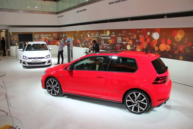 golf 7 gti restyl e version commerciale 1 1 magoz. Black Bedroom Furniture Sets. Home Design Ideas
