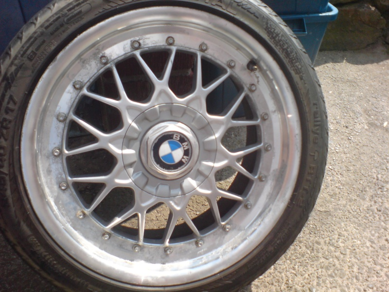 Polish Aluminum Wheels Mirror Finish http://forum.wheel-whores.com/viewtopic.php?f=63&t=19109