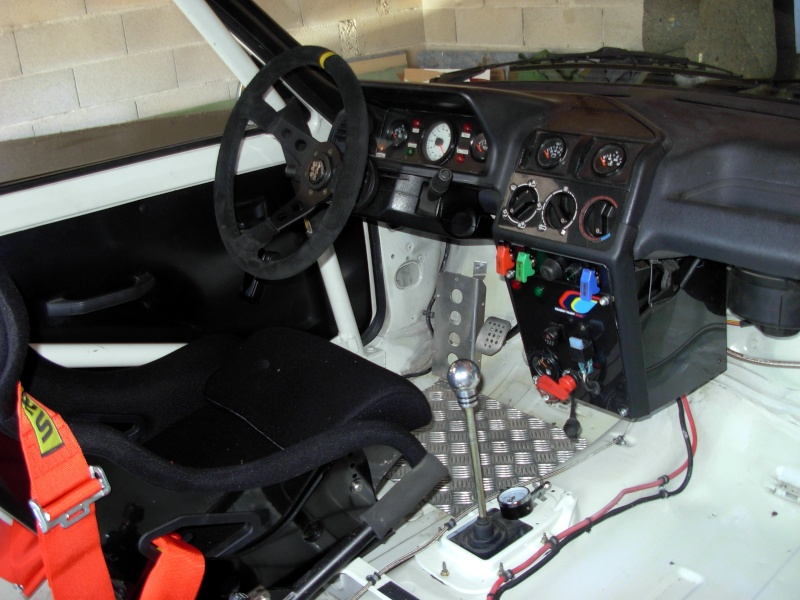 Photos interieur voiture de rallye rallyes r gionaux for Amusement interieur