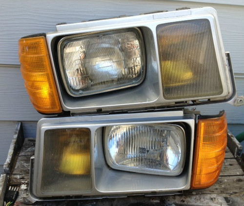 Mercedes benz w201 190e for cheap for Mercedes benz 190e headlights