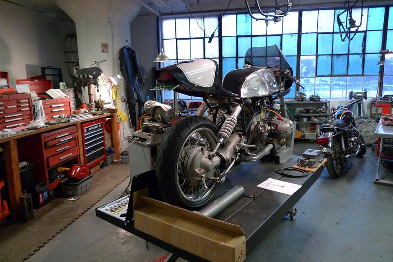 Les garages les pi ces m caniques d 39 ici et d 39 ailleur for Ouvrir garage moto