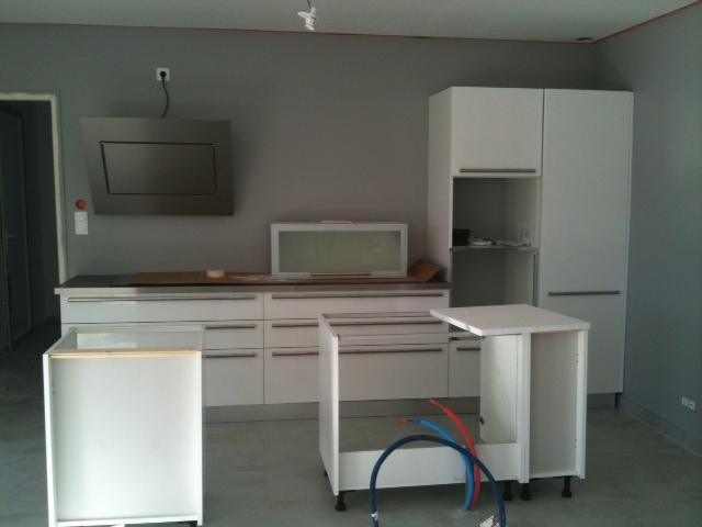 Peinture pour cuisine grise cuisine rustique relooke deco pour cuisine gris - Peinture gris claire ...