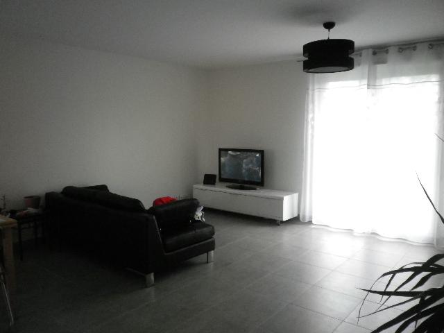 id es couleurs pour notre salon sam page 1. Black Bedroom Furniture Sets. Home Design Ideas