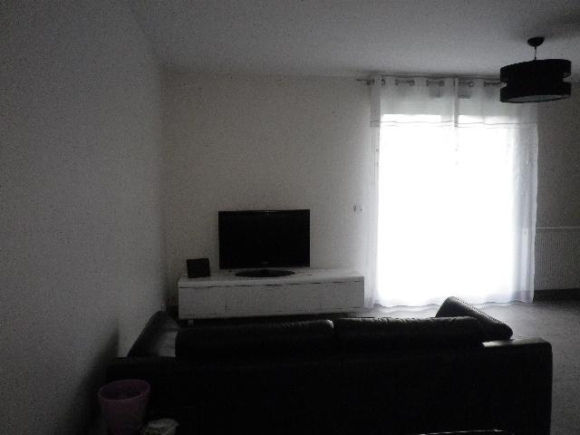 deco mur derriere tv couleur mur cuisine bois couleur mur cuisine bois fonce roubaix blanc. Black Bedroom Furniture Sets. Home Design Ideas