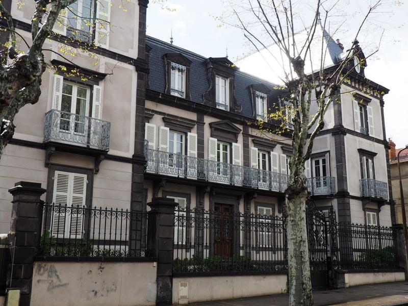 Chez capu r novation d 39 un appartement bourgeois du 19 me for Deco appartement bourgeois