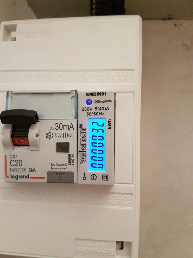 Co t d 39 une recharge sur borne domestique test r el - Cout pose compteur edf ...