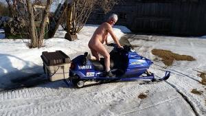 Sardaigne: ftes et photos de nus dans la villa de Berlusconi