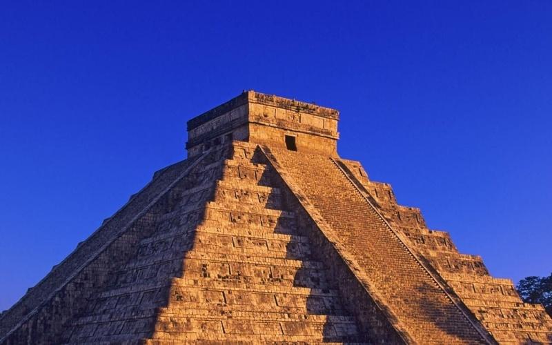 pyrami16.jpg