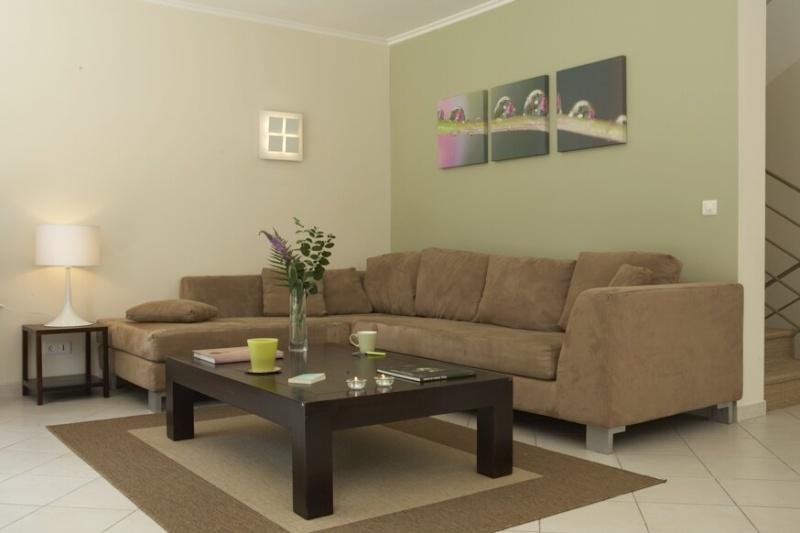 quelles couleurs utiliser pour peindre salon et salle manger. Black Bedroom Furniture Sets. Home Design Ideas