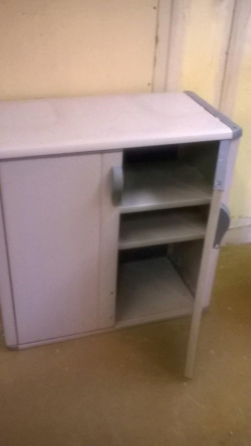 don de meuble. Black Bedroom Furniture Sets. Home Design Ideas