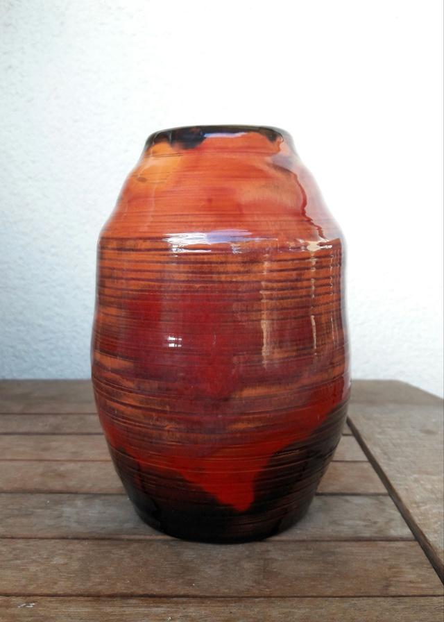 vase contemporain infos origine signature. Black Bedroom Furniture Sets. Home Design Ideas