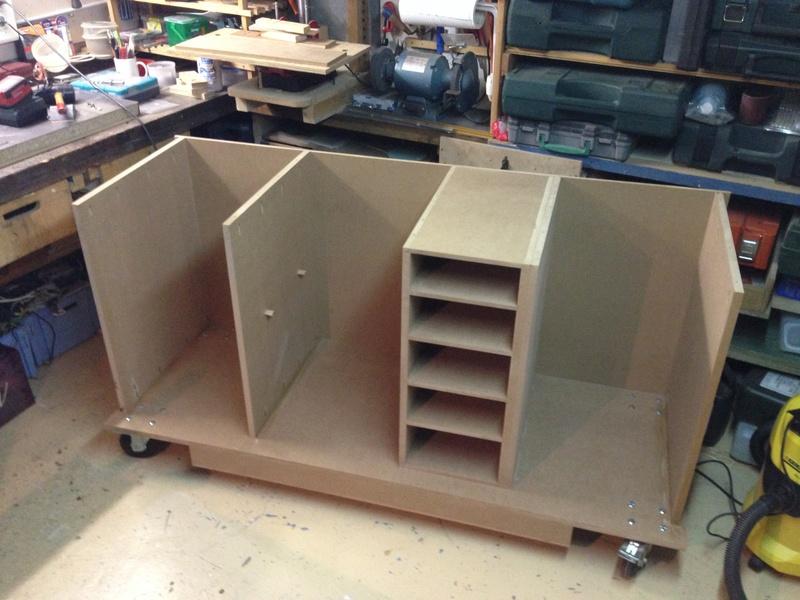 fabriquer un etabli un tabli sysport de plus. Black Bedroom Furniture Sets. Home Design Ideas