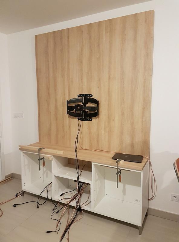meuble tv ikea hack 30078249 sur le forum meubles et menuiserie 1474 du site. Black Bedroom Furniture Sets. Home Design Ideas