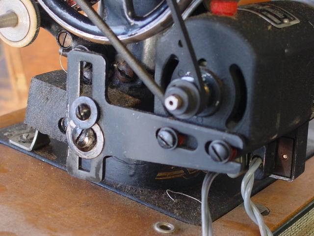 equiper une machine coudre d 39 un moteur lectrique neuf ou d 39 occasion ce qu 39 il faut savoir. Black Bedroom Furniture Sets. Home Design Ideas