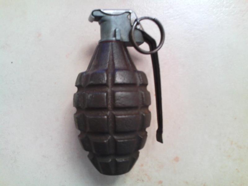 grenad13.jpg