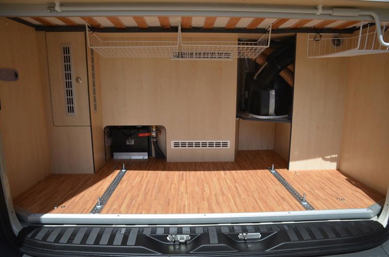 am nagement de la soute de mon independent. Black Bedroom Furniture Sets. Home Design Ideas